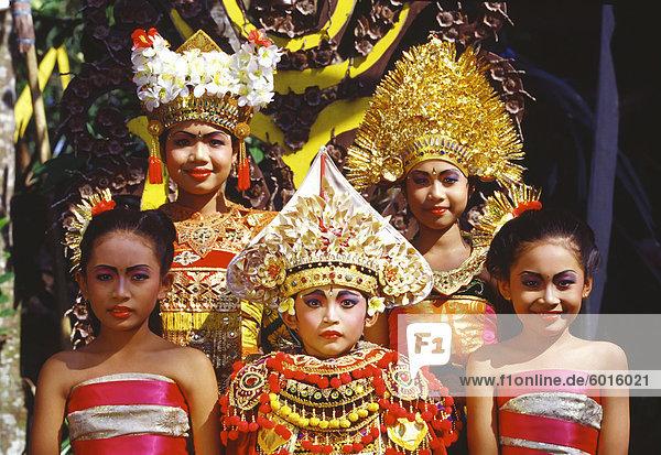 Portrait of Legong dancers  Bali  Indonesia  Southeast Asia  Asia