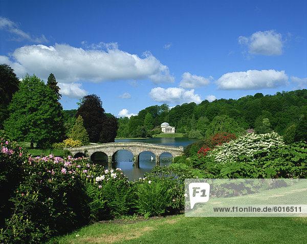 Bridge over lake at Stourhead Gardens  Wiltshire  England  United Kingdom  Europe