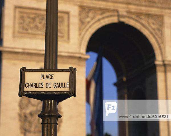 Place Charles de Gaulle street sign and the Arc de Triomphe  Paris  France  Europe
