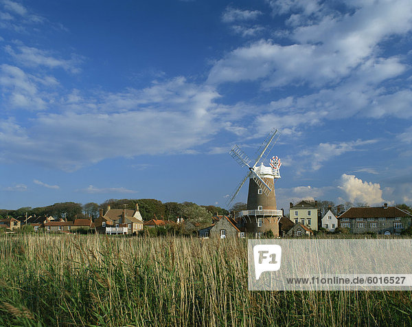 Windmill at Cley-next-the-Sea  Norfolk  England  United Kingdom  Europe