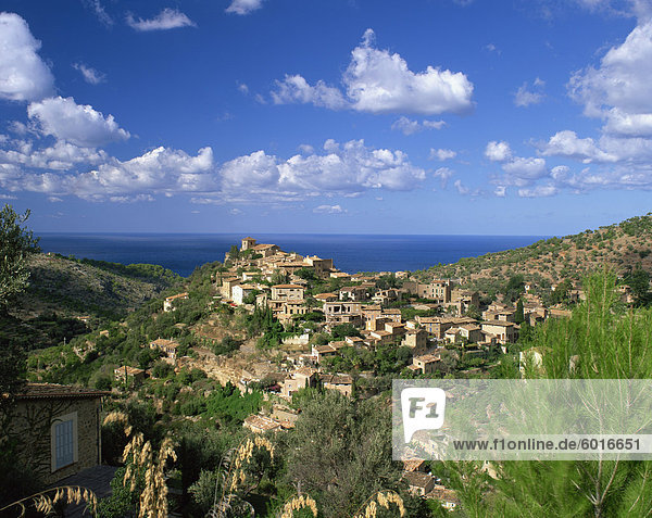 Village of Deya  Mallorca  Balearic Islands  Spain  Mediterranean  Europe