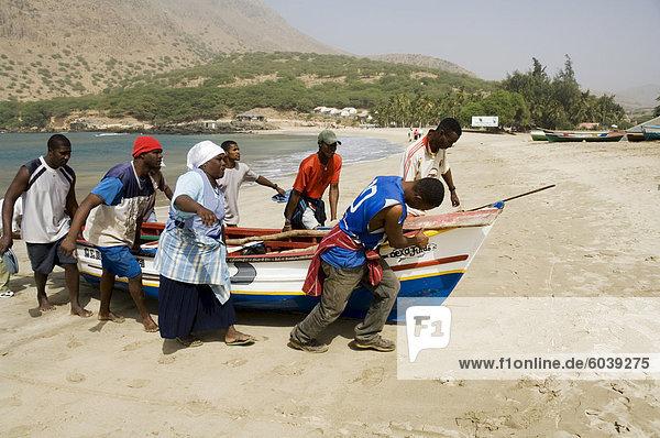 Angeln Boote  Tarrafal  Santiago  Kapverdische Inseln  Afrika
