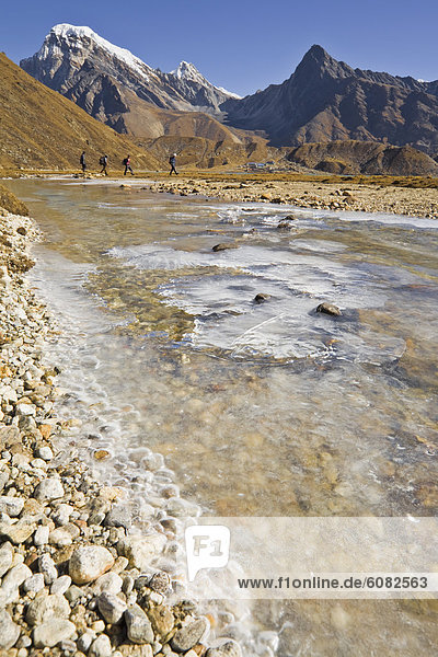 nahe  4  Ecke  Ecken  Rock  wandern  gefroren  Nepal