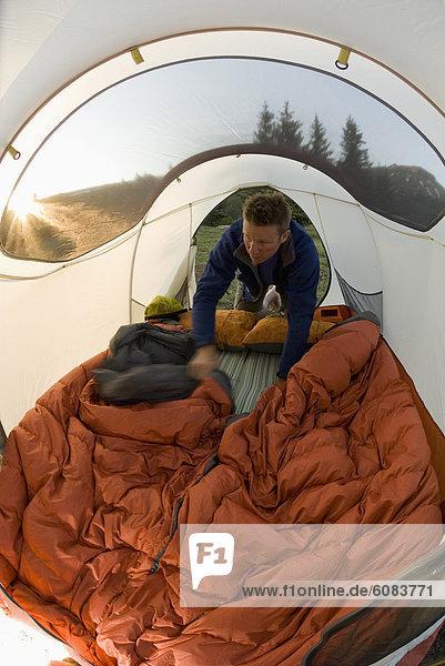 Mann  Tasche  schlafen  Zelt  innerhalb  Colorado  San Juan National Forest