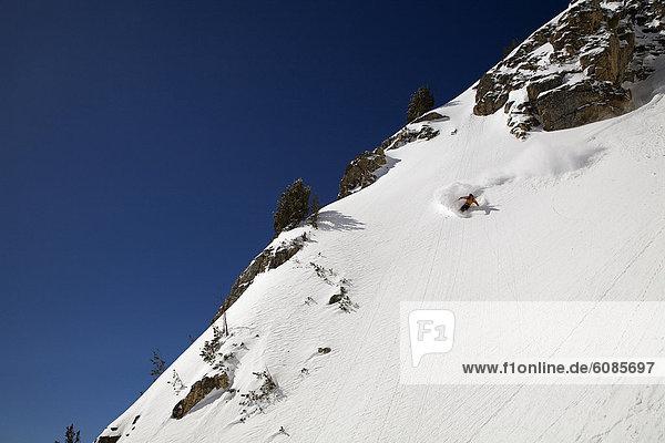 Snowboardfahrer  fahren  Ehrfurcht  sprechen  steil  Wyoming
