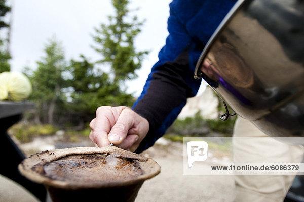 Mann  Morgen  Produktion  Schnee  Campingplatz  Kaffee  Wyoming