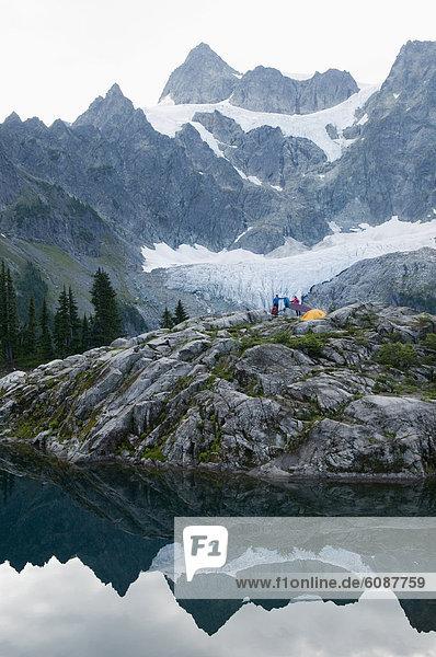 Frau  See  camping  2  Mount Baker