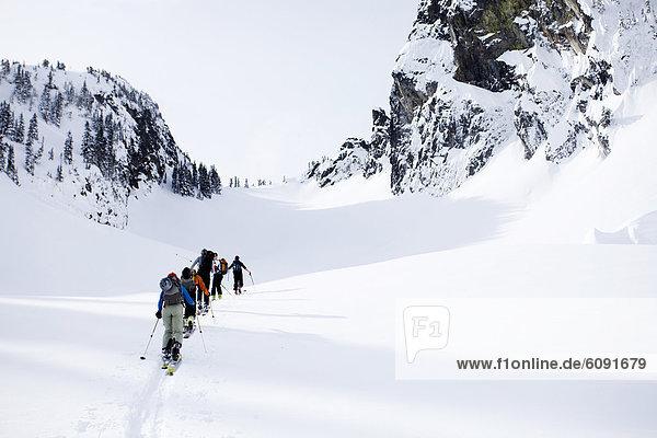 durchsichtig  transparent  transparente  transparentes  Tag  unbewohnte  entlegene Gegend  Ski