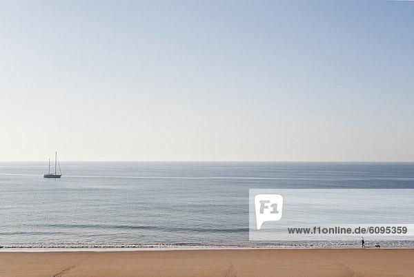 Portugal  Blick auf den Strand