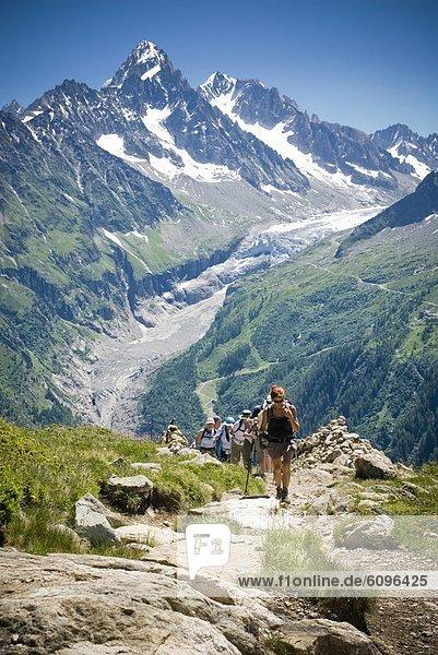 hoch  oben  Hügel  Hintergrund  wandern  Alpen  Reise