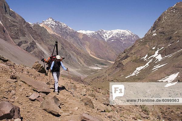 Frau  Berg  Ski  nähern  wandern  Anden  Chile