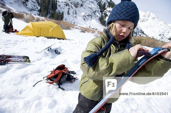Junge - Person  Himmel  camping  unbewohnte  entlegene Gegend  wachsen  Kalifornien