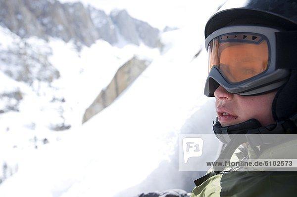 nehmen  Junge - Person  Ende  Skisport  unbewohnte  entlegene Gegend  Ansicht  Kalifornien
