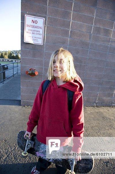 Portrait  Pose  Junge - Person  See  Skateboard  Kalifornien