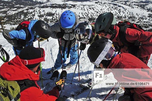 benutzen  Berg  Leuchtturm  lernen  Urlaub  Kalifornien  jung  Ski  Lawine  Bake
