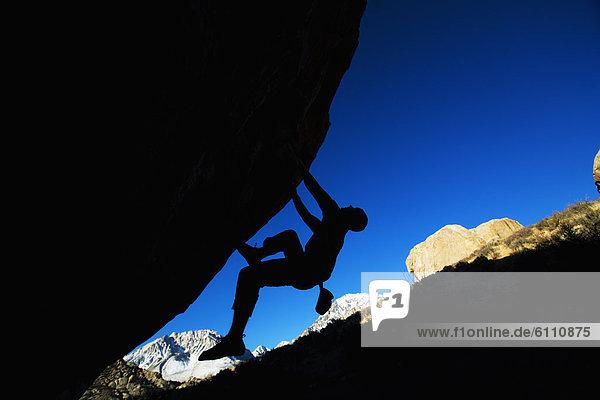 Mann  Freeclimbing
