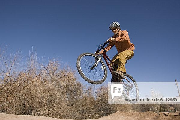 Berg  Mann  springen  Moab