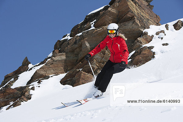Skifahrer  Schnee  Küste  Hang