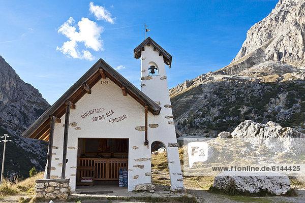 Kleine Kapelle  Lagazuoi  Falzarego-Pass  Dolomiten  Italien  Europa