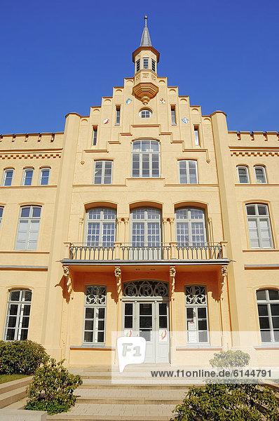 Schloss Rantzau  Hansestadt Lübeck  Schleswig-Holstein  Deutschland  Europa  ÖffentlicherGrund