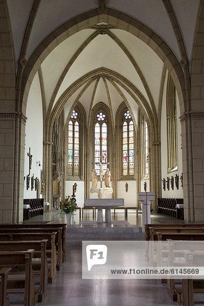 Altarraum der Kirche St. Aegidius  Wiedenbrück  Rheda-Wiedenbrück  Münsterland  Nordrhein-Westfalen  Deutschland  Europa