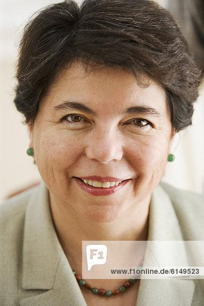 Portrait einer reifen Geschäftsfrau