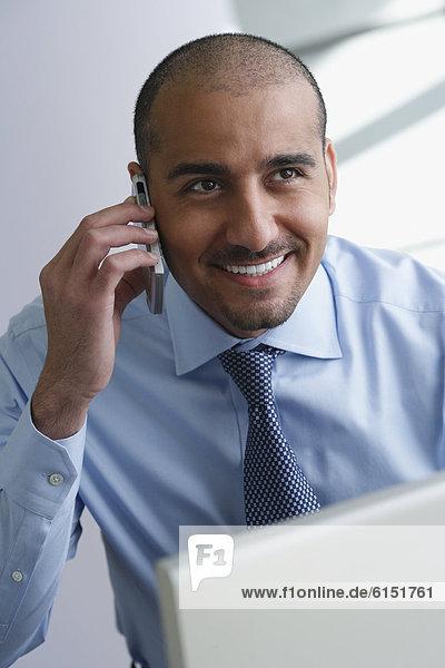 Handy  sprechen  Mittelpunkt