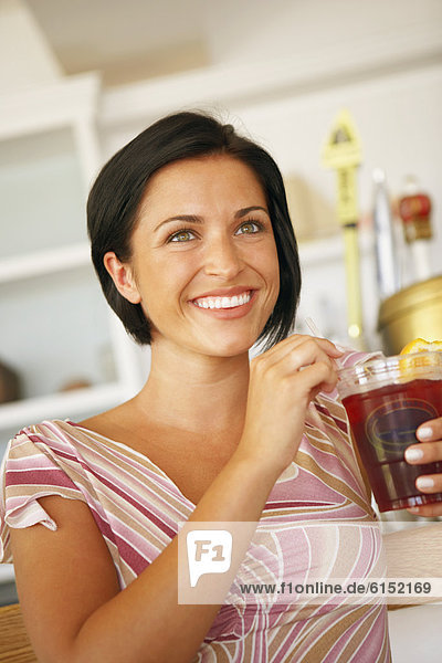 Frau  jung  trinken