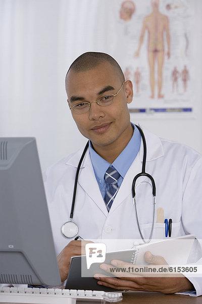 schreiben  Arzt  Notizblock  Notebook