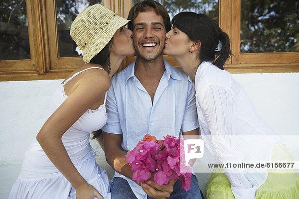 Frau  Mann  küssen  2