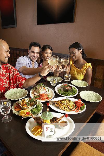 Freundschaft  Restaurant  multikulturell