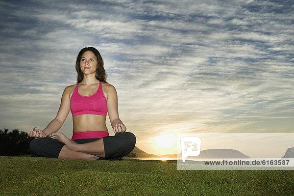 Frau  Meditation  Pazifischer Ozean  Pazifik  Stiller Ozean  Großer Ozean