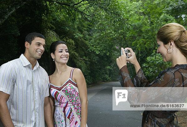 Frau  Fotografie  nehmen  Hispanier