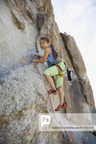 Felsbrocken  Mädchen  klettern