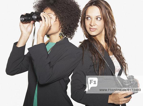 Geschäftsfrau  sehen  blättern  Fernglas