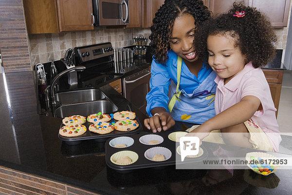 Produktion  Tochter  cupcake  Mutter - Mensch Produktion ,Tochter ,cupcake ,Mutter - Mensch