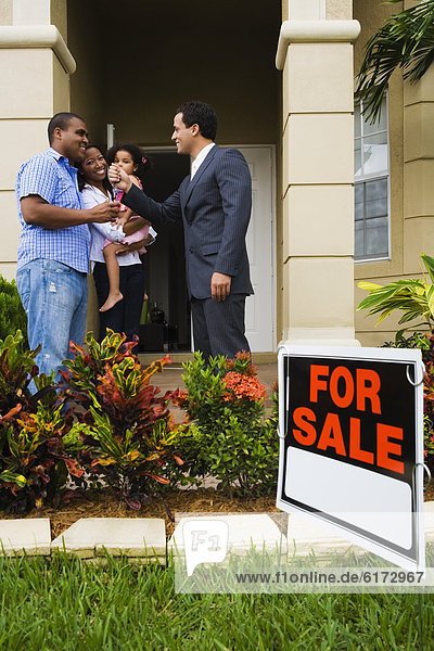 geben Wohngebäude Hispanier Natürlichkeit Hausschlüssel geben,Wohngebäude,Hispanier,Natürlichkeit,Hausschlüssel