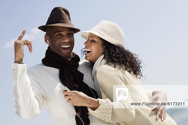 zuhören  Spiel  MP3-Player  MP3 Spieler  MP3 Player  MP3-Spieler  multikulturell  Ähnlichkeit zuhören ,Spiel ,MP3-Player, MP3 Spieler, MP3 Player, MP3-Spieler ,multikulturell ,Ähnlichkeit