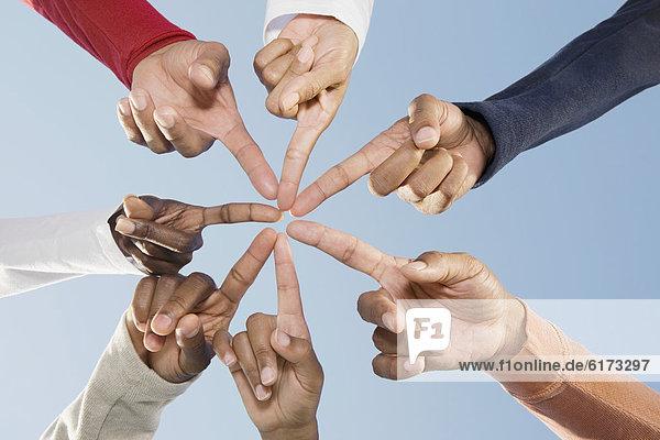 Freundschaft  zeigen  Kreis  multikulturell Freundschaft ,zeigen ,Kreis ,multikulturell