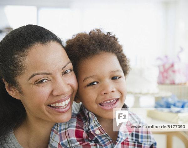 lächeln  Sohn  mischen  Mutter - Mensch  Mixed