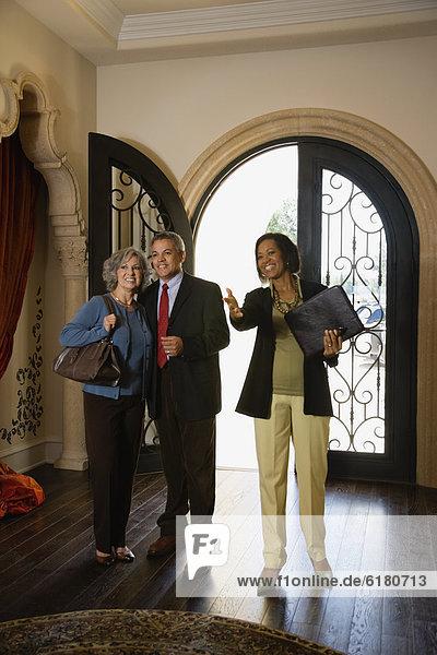 sehen Wohnhaus multikulturell neu