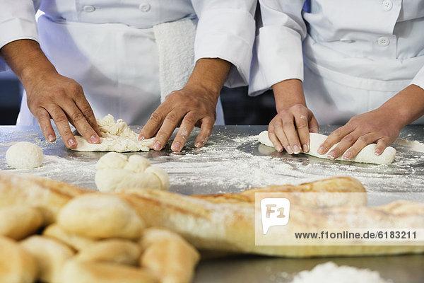 hoch  oben  nahe  rollen  Bäcker  Teig