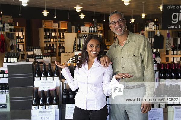 Wein  arbeiten  klein  Inhaber  Laden  Business
