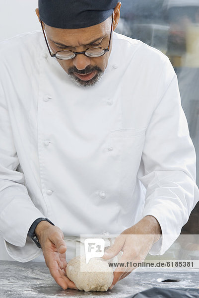 arbeiten  Küche  Bäcker  Bäckerei  Teig