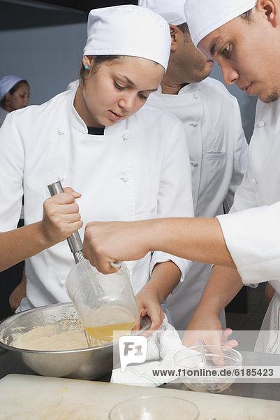 Küche rühren Kuchenteig Bäcker Bäckerei