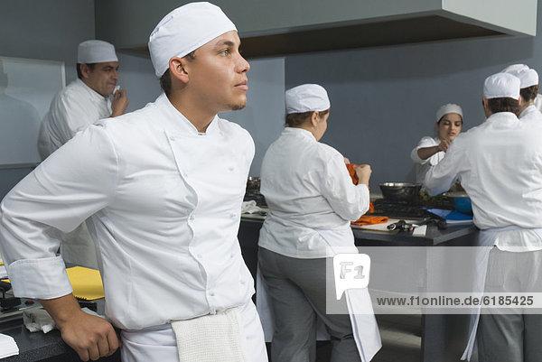 arbeiten  Küche  Bäcker  Bäckerei