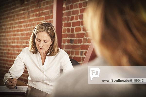 Europäer  Geschäftsfrau  arbeiten  Büro Europäer ,Geschäftsfrau ,arbeiten ,Büro