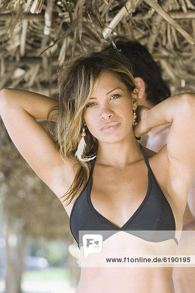 Frau  Strand  Bikini  Hispanier
