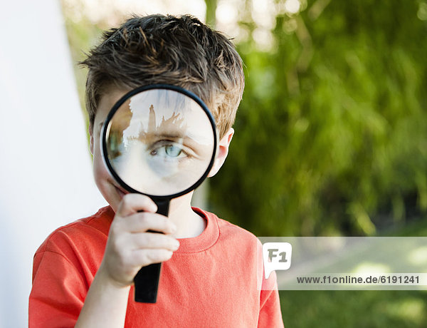 Europäer  sehen  Glas  Junge - Person  blättern  Aussichtsplattform