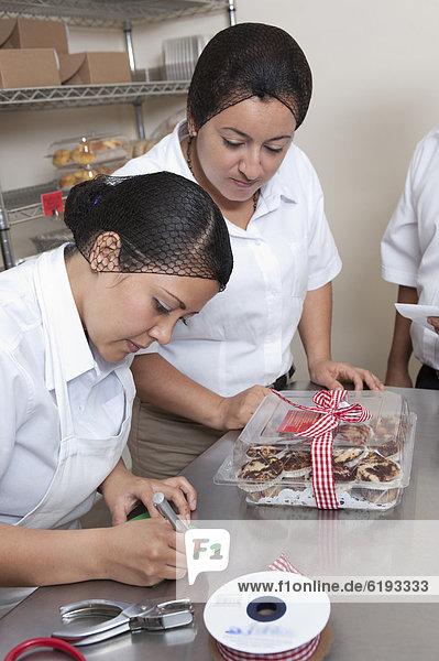 arbeiten  Hispanier  Küche  Bäcker